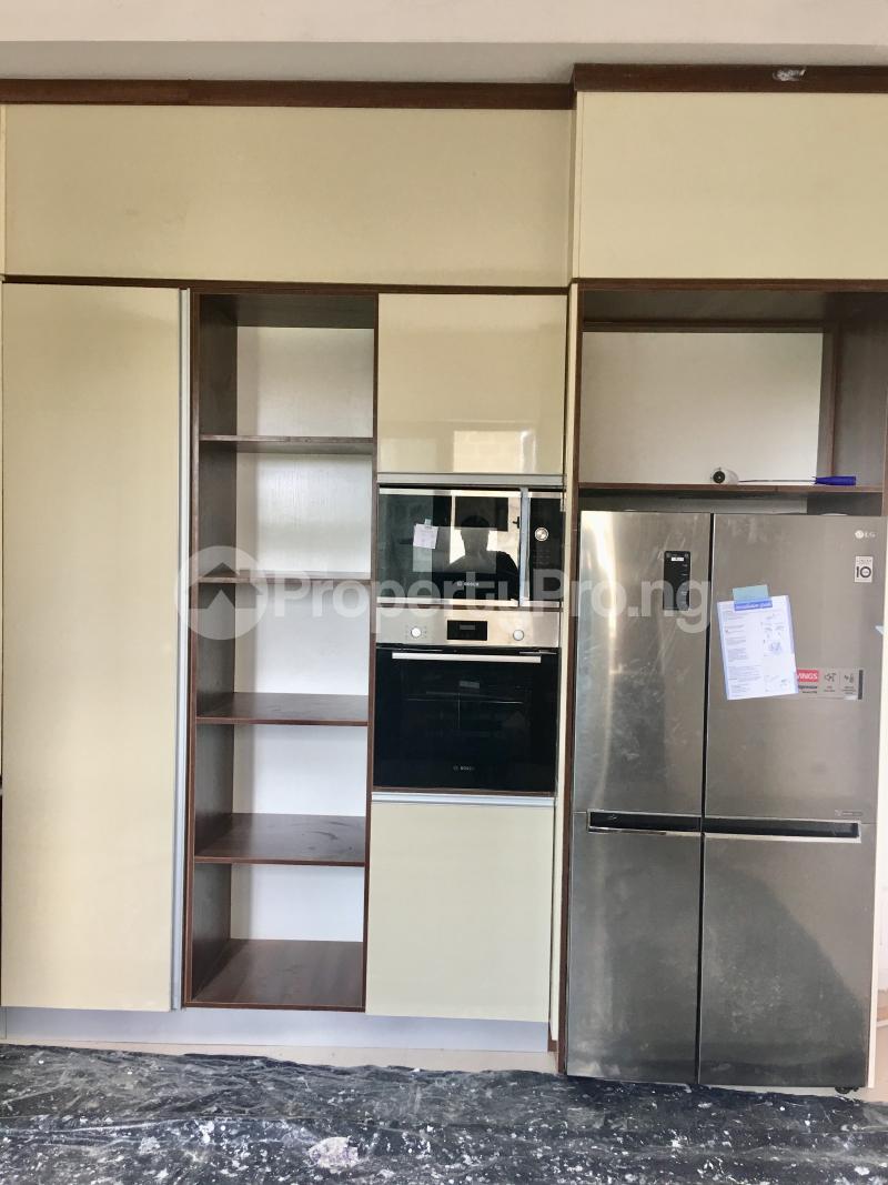 4 bedroom Semi Detached Duplex House for sale Lekki Phase 1 Lekki Lagos - 12