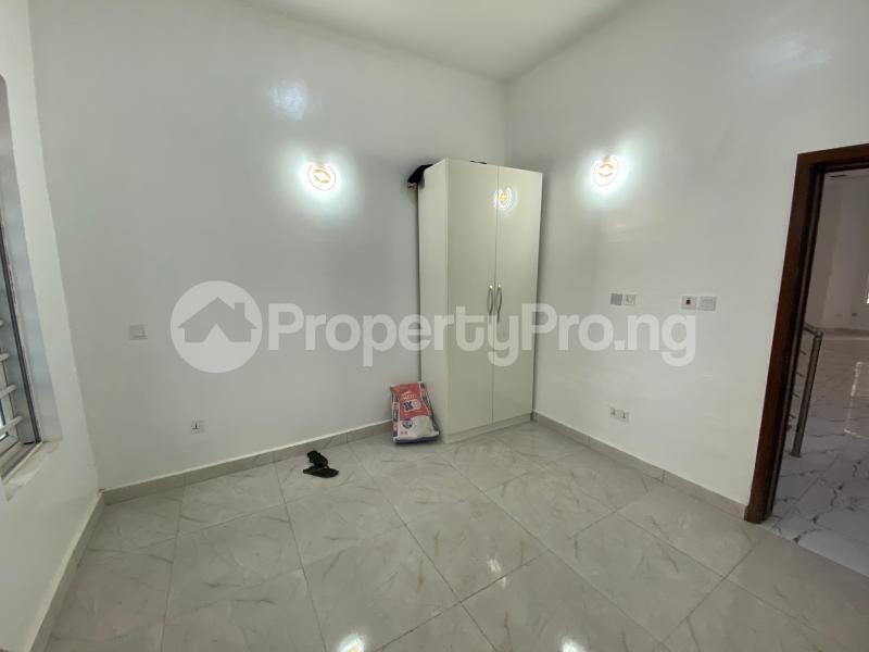 4 bedroom Semi Detached Duplex House for sale Lekki County Lekki Phase 2 Lekki Lagos - 3