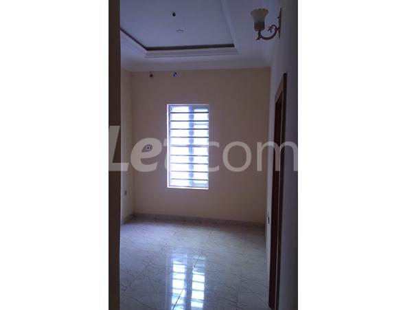 4 bedroom House for rent - Ikota Lekki Lagos - 9