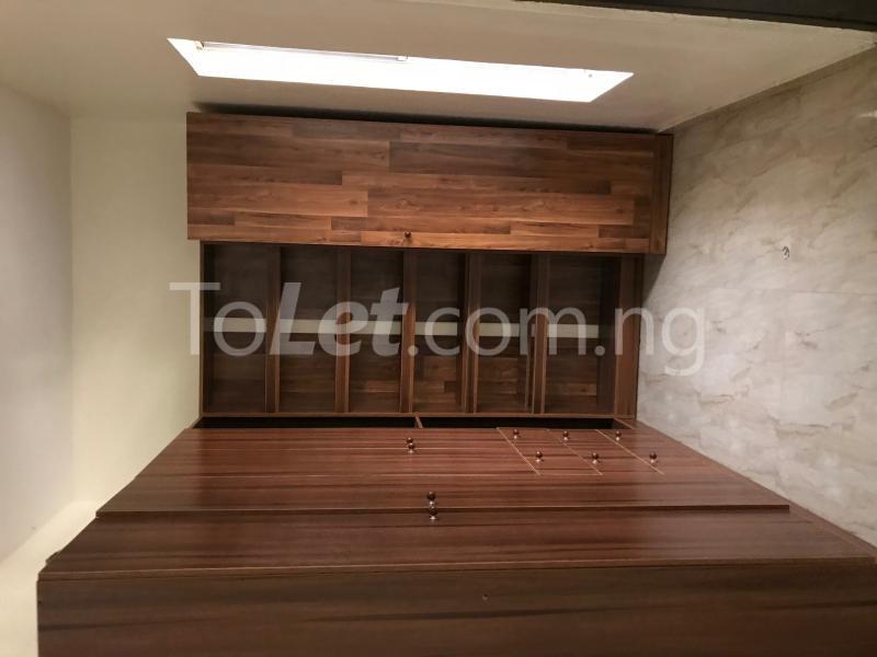 4 bedroom House for rent Lafiaji chevron Lekki Lagos - 11