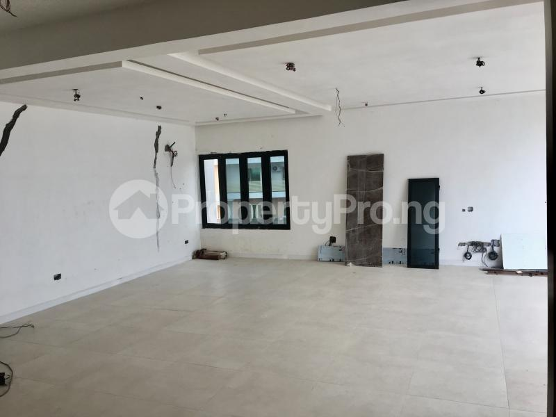 4 bedroom Semi Detached Duplex House for sale Lekki Phase 1 Lekki Lagos - 4
