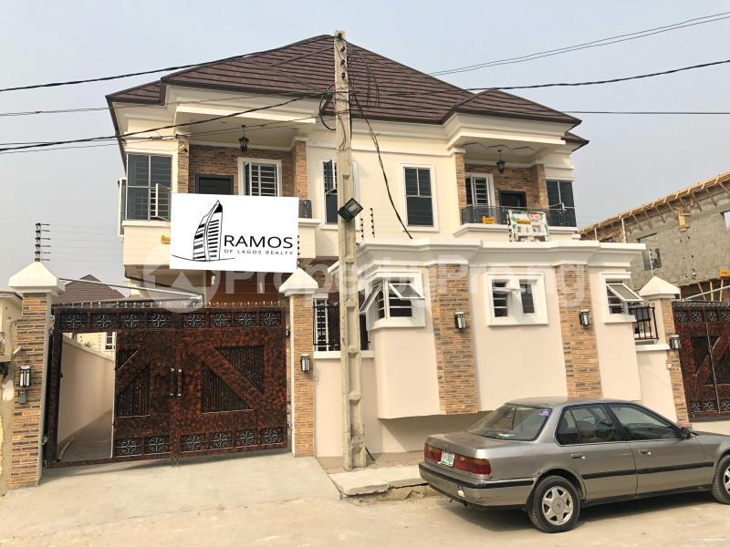 4 bedroom Semi Detached Duplex House for rent Adonai Way Idado Lekki Lagos - 0