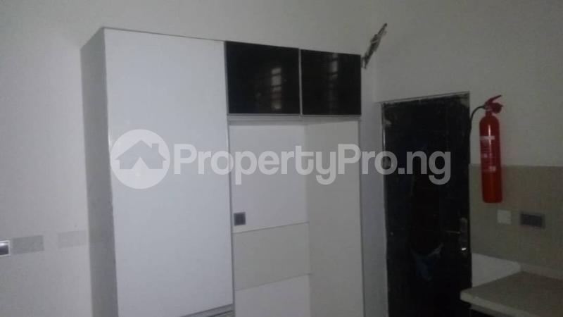 4 bedroom Semi Detached Duplex House for sale . Osapa london Lekki Lagos - 8