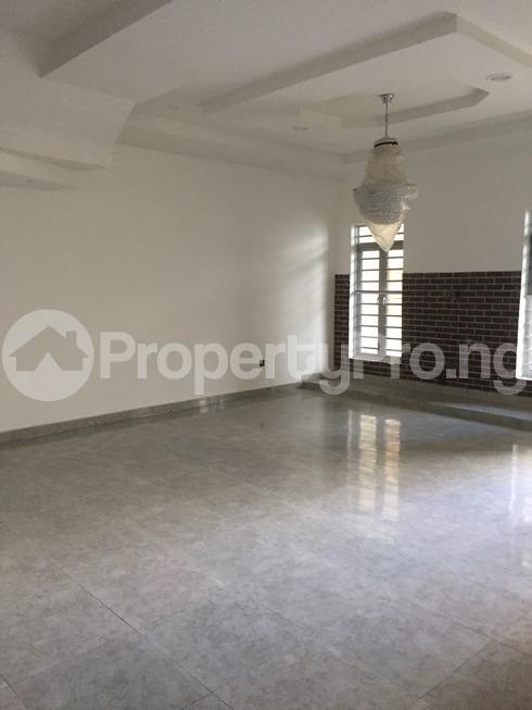 4 bedroom Semi Detached Duplex House for sale chevron drive chevron Lekki Lagos - 4