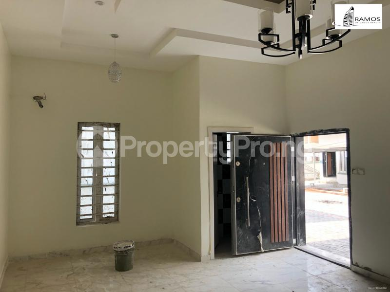 4 bedroom Semi Detached Duplex House for rent Saki Close Osapa london Lekki Lagos - 1