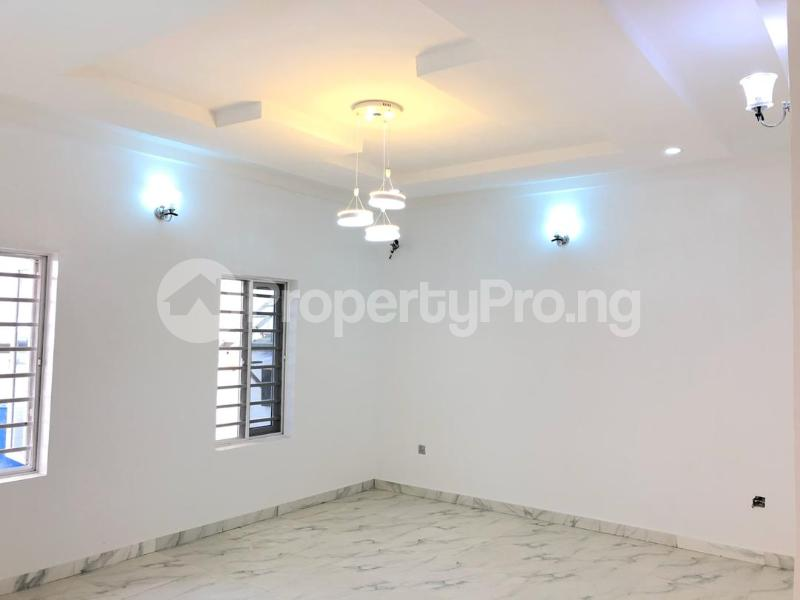 4 bedroom House for sale Ologolo Lekki Lagos - 8