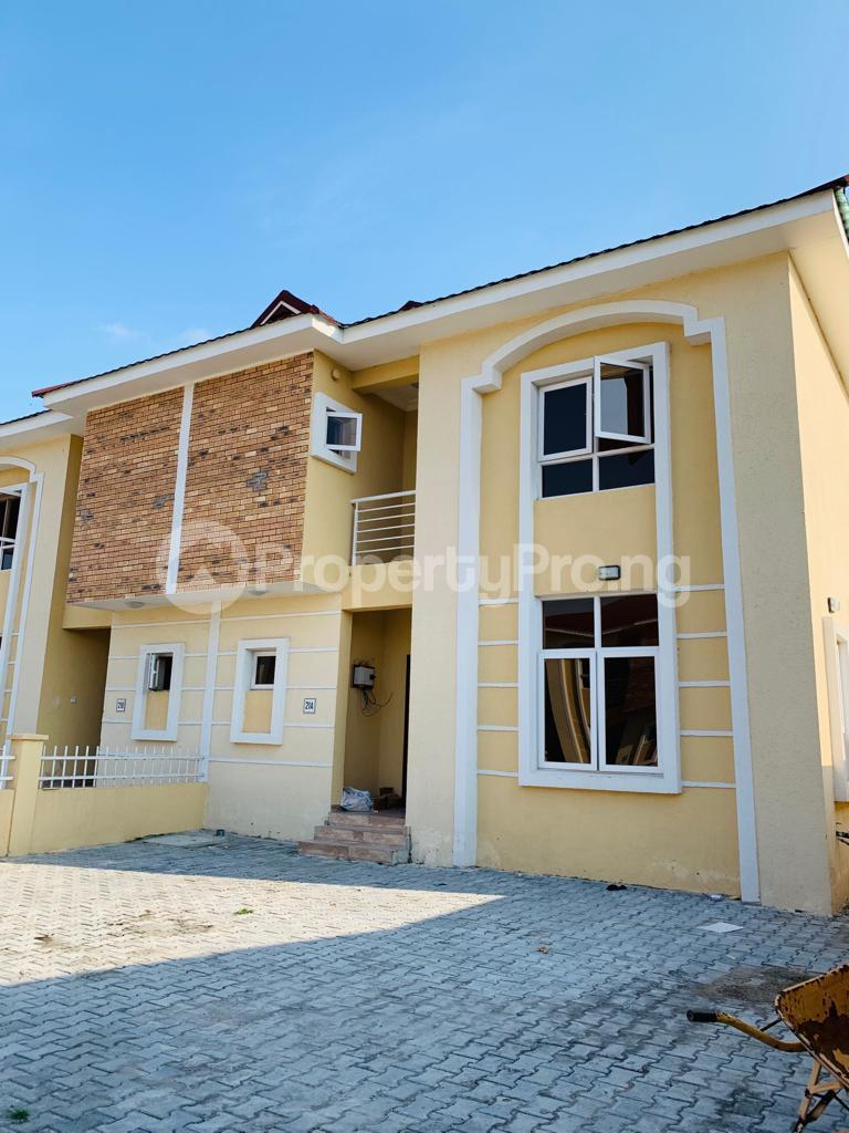 4 bedroom Semi Detached Duplex House for sale Osapa london Lekki Lagos - 9