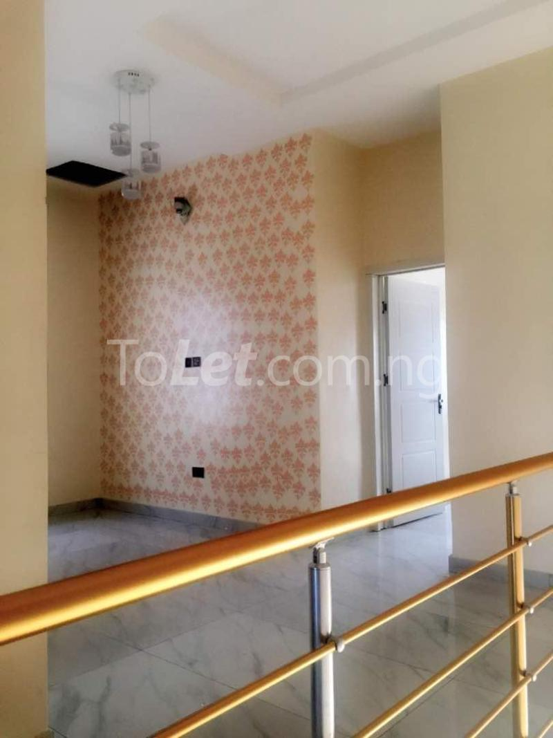 House for sale Che Lagos - 15
