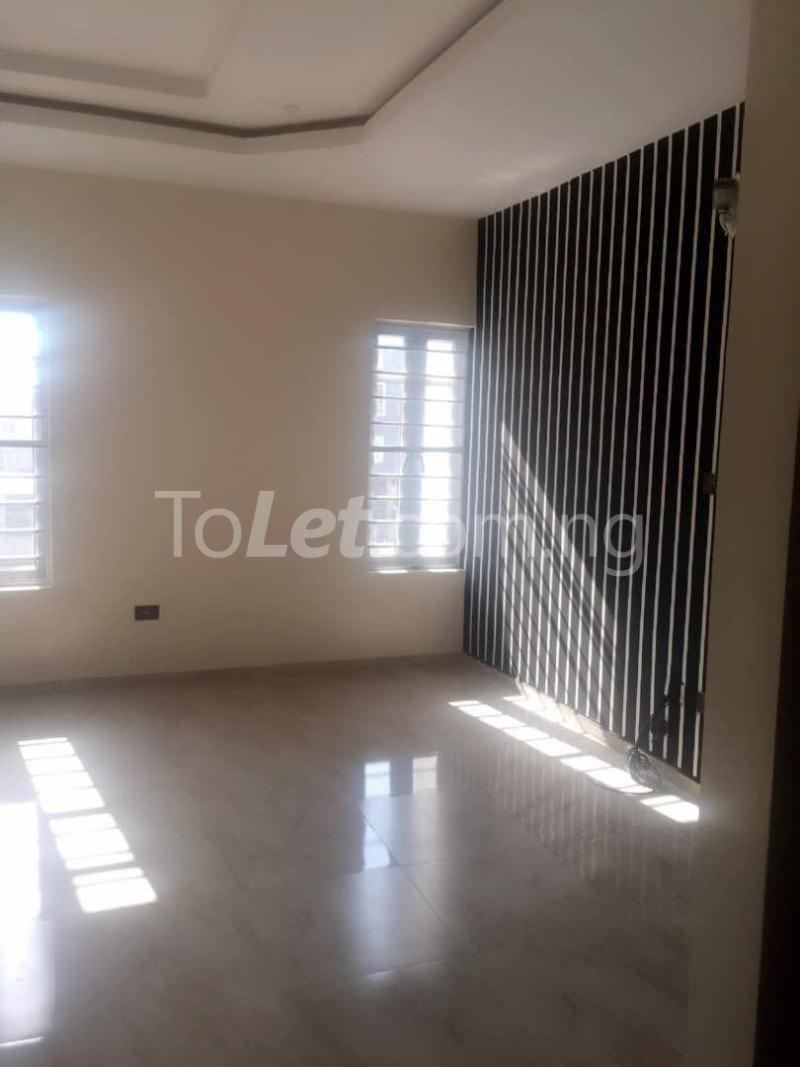 House for sale Che Lagos - 17