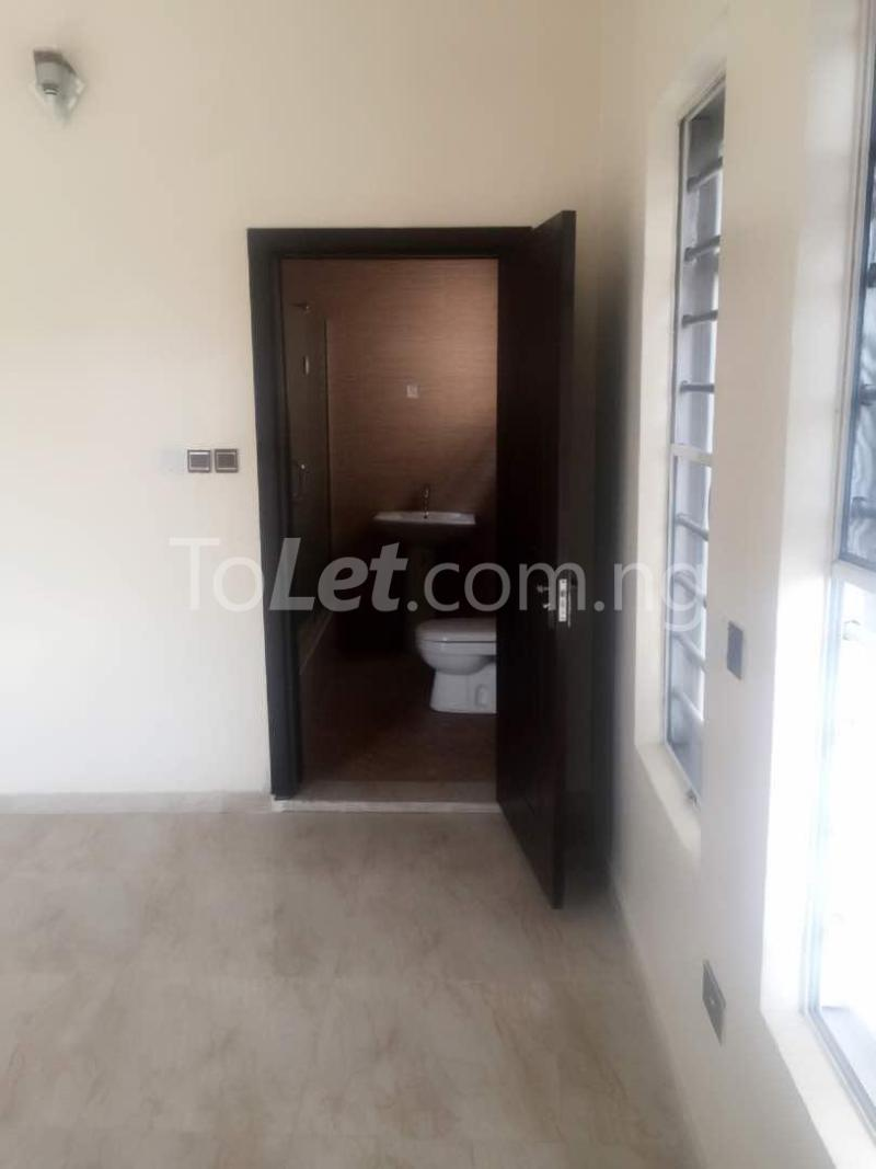 House for sale Che Lagos - 18