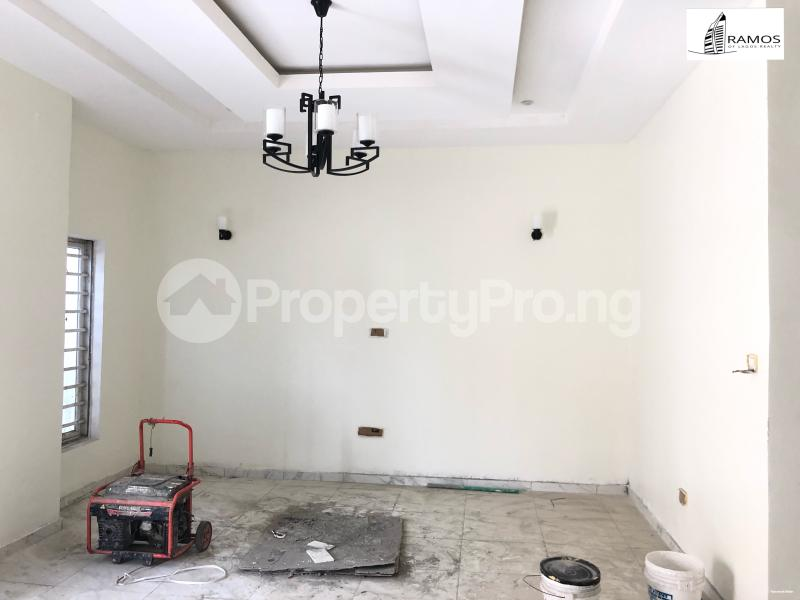 4 bedroom Semi Detached Duplex House for rent Saki Close Osapa london Lekki Lagos - 2