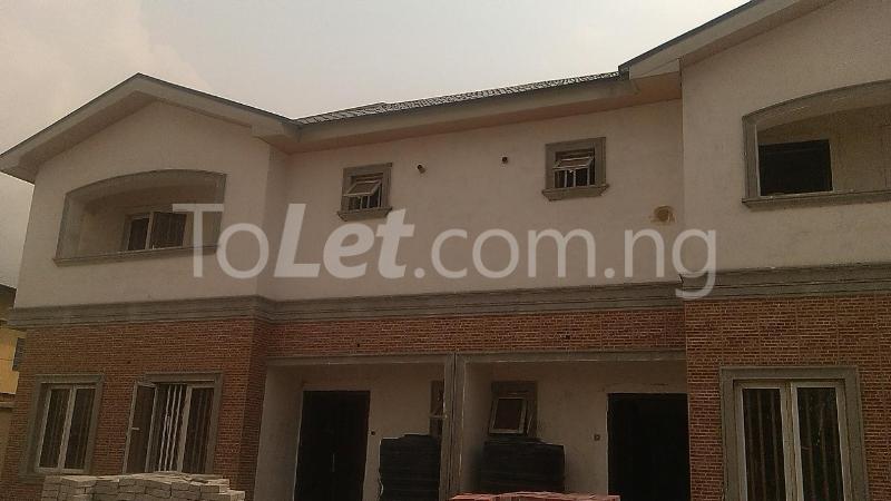 House for sale Ilupeju Road Ilupeju Lagos - 1