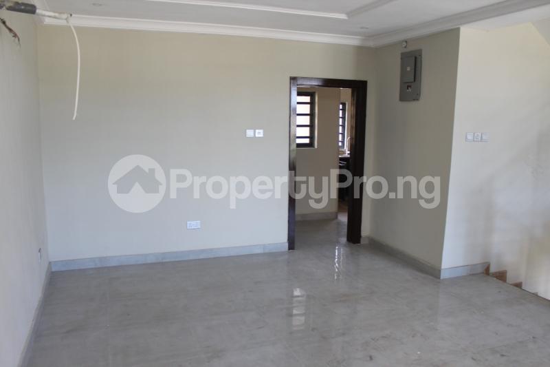 4 bedroom Terraced Duplex House for rent Lekki Phase 1 Lekki Lagos - 9