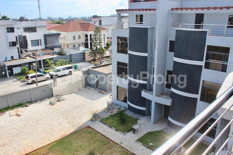 4 bedroom Terraced Duplex House for rent Lekki Phase 1 Lekki Lagos - 5