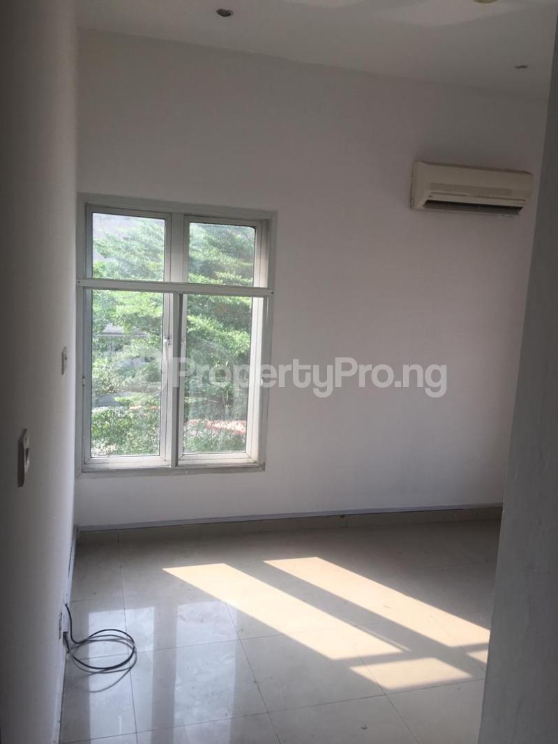 4 bedroom Terraced Duplex House for sale ONIRU Victoria Island Lagos - 24