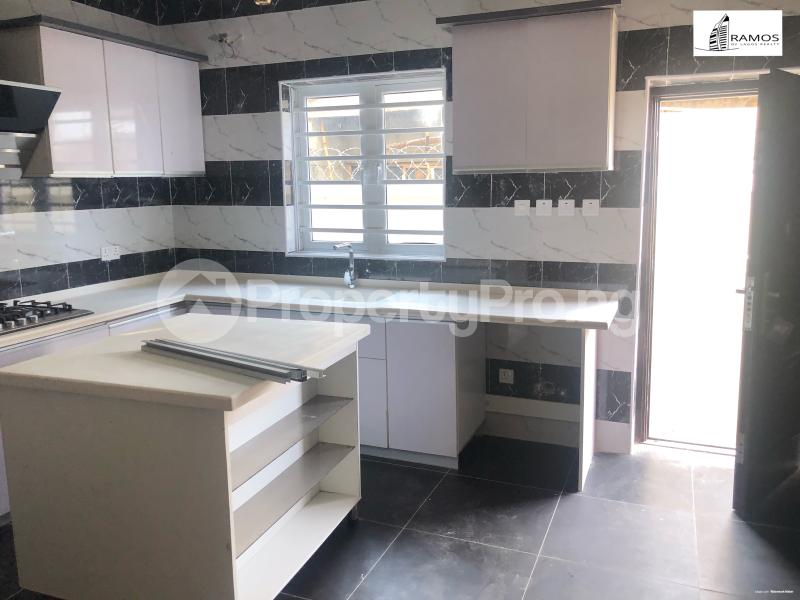 4 bedroom Terraced Duplex House for rent Orchid Road Lekki Phase 2 Lekki Lagos - 3