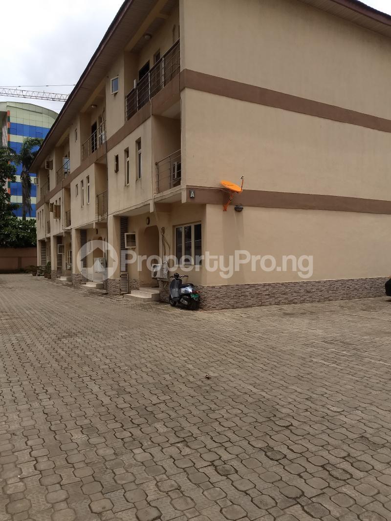 4 bedroom Terraced Duplex House for rent - Ikeja GRA Ikeja Lagos - 10