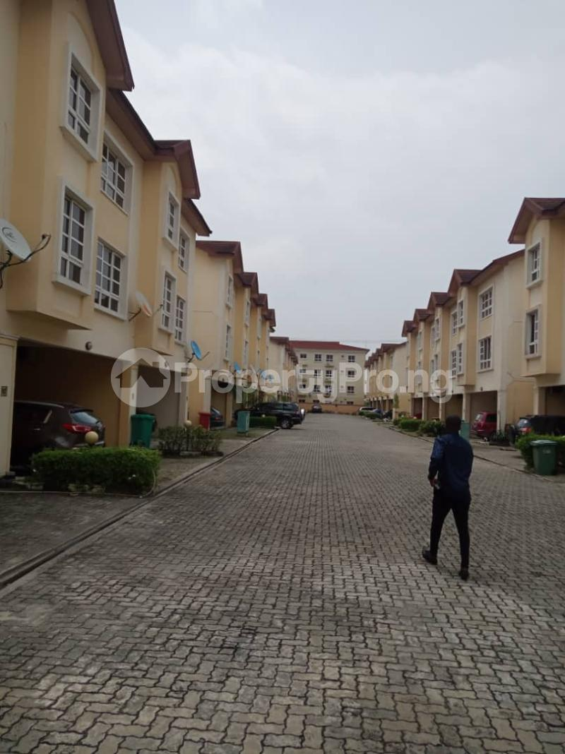 4 bedroom Terraced Duplex House for rent Bourdillon Court chevron Lekki Lagos - 0