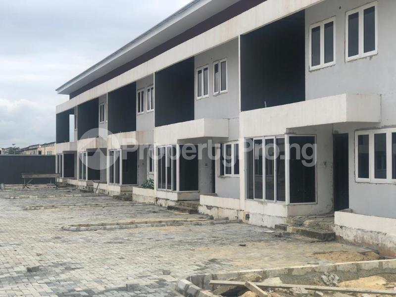 4 bedroom Terraced Duplex House for sale Lekki Pearl Estate, Behind Lagos Business School, Lekki Epe Expressway  Lekki Lagos - 1