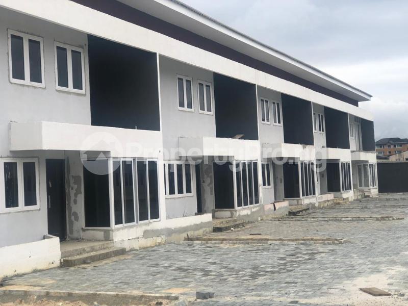 4 bedroom Terraced Duplex House for sale Lekki Pearl Estate, Behind Lagos Business School, Lekki Epe Expressway  Lekki Lagos - 0