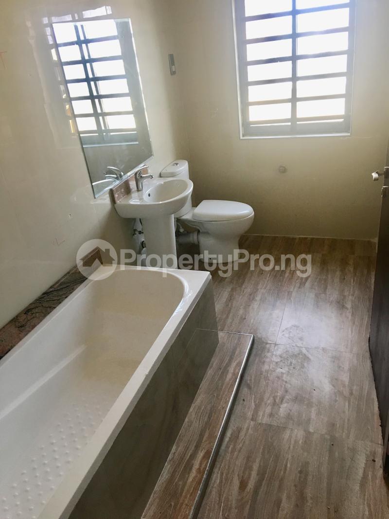 4 bedroom Terraced Duplex House for rent Lekki Phase 1 Lekki Lagos - 12