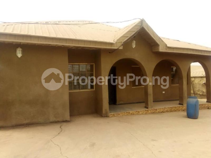 4 bedroom House for sale  aduloju area ibadan Ibadan Oyo - 6