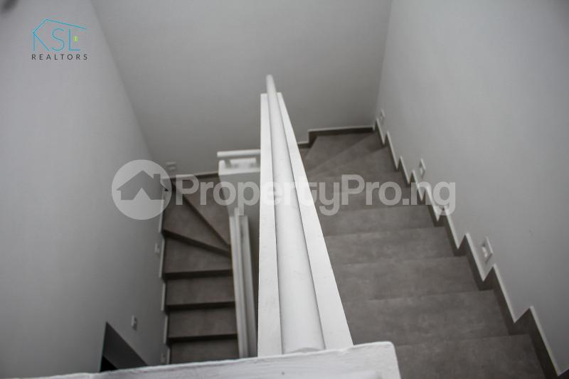 4 bedroom Semi Detached Duplex House for sale Off Freedom Way, Adebisi Ogunbiyi Lekki Phase 1 Lekki Lagos - 23