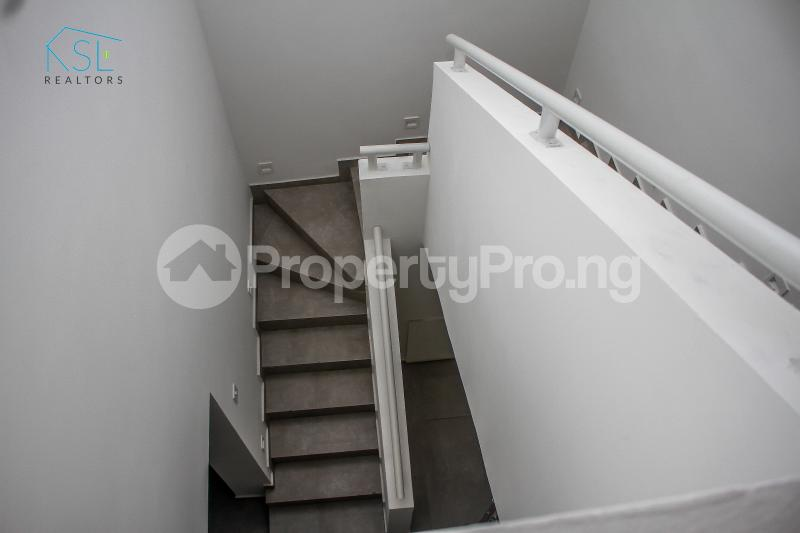 4 bedroom Semi Detached Duplex House for sale Off Freedom Way, Adebisi Ogunbiyi Lekki Phase 1 Lekki Lagos - 22
