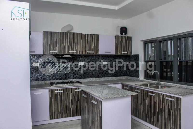 4 bedroom Detached Duplex House for sale close by circle mall; Osapa london Lekki Lagos - 5