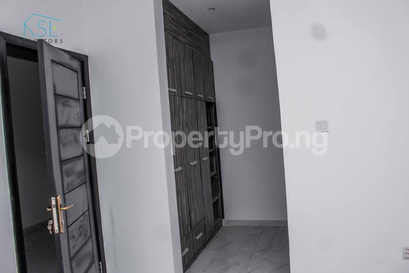 4 bedroom Detached Duplex House for sale close by circle mall; Osapa london Lekki Lagos - 15