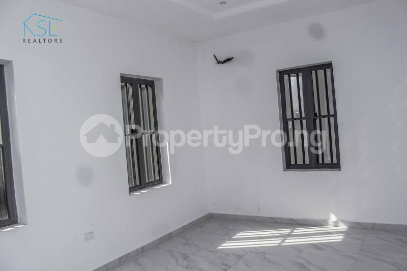 4 bedroom Detached Duplex House for sale close by circle mall; Osapa london Lekki Lagos - 17