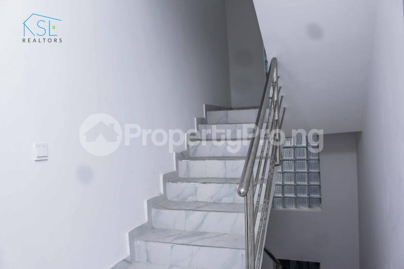 4 bedroom Detached Duplex House for sale close by circle mall; Osapa london Lekki Lagos - 11