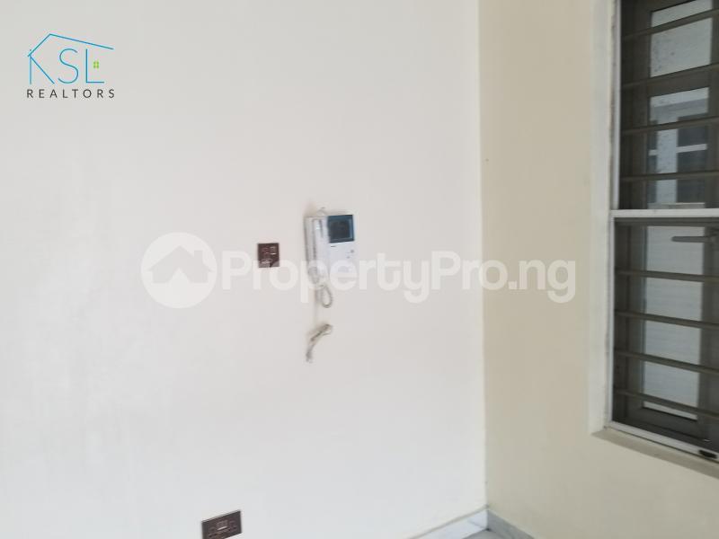 4 bedroom Semi Detached Duplex House for sale Alternative route by redeem church chevron Lekki Lagos - 10