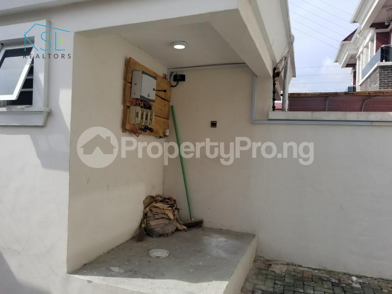4 bedroom Semi Detached Duplex House for sale Alternative route by redeem church chevron Lekki Lagos - 0