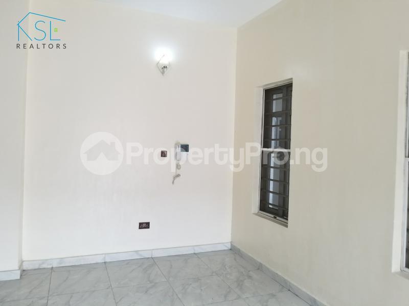 4 bedroom Semi Detached Duplex House for sale Alternative route by redeem church chevron Lekki Lagos - 4