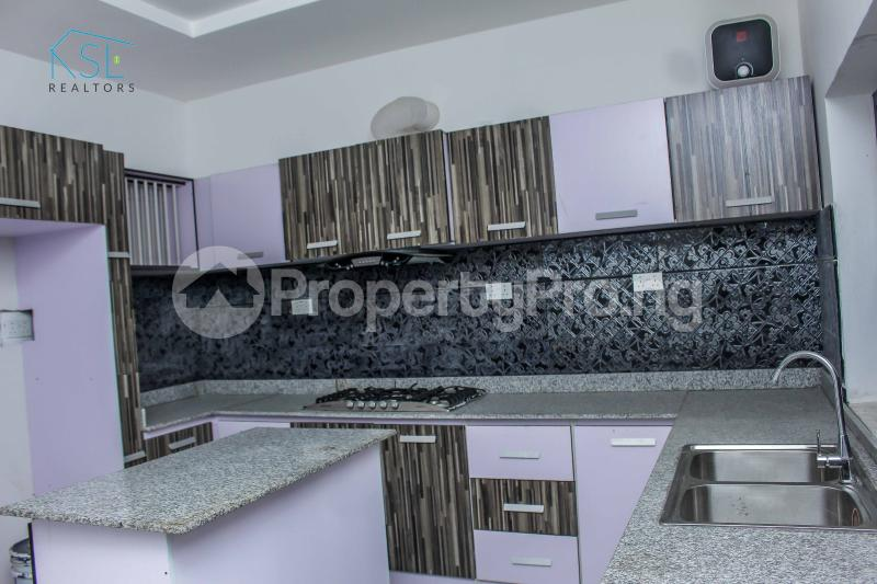 4 bedroom Detached Duplex House for sale close by circle mall; Osapa london Lekki Lagos - 9