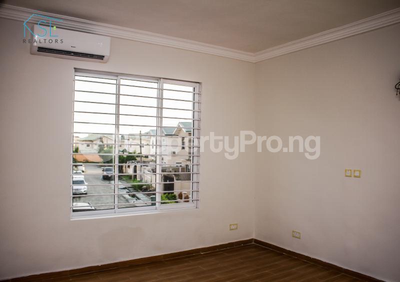 4 bedroom Terraced Duplex House for sale Off Freedom way Lekki Phase 1 Lekki Lagos - 9
