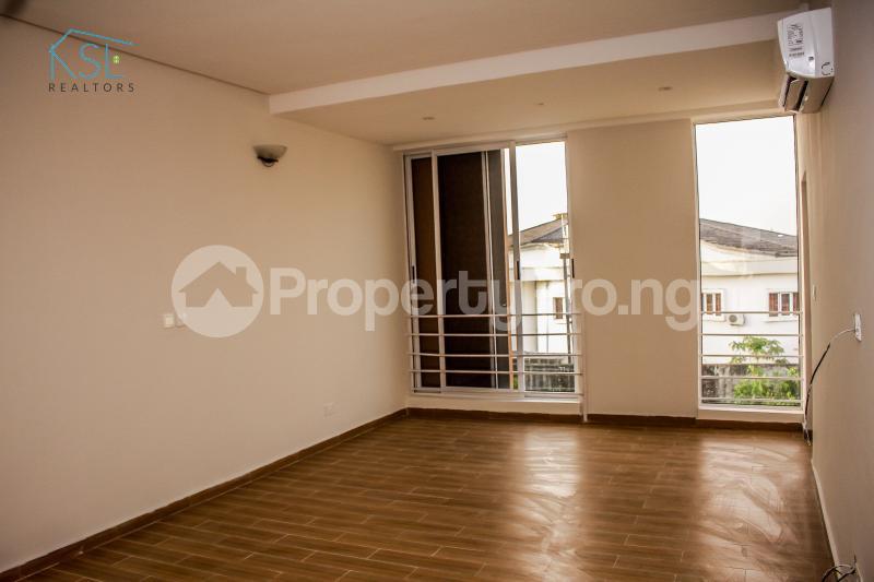 4 bedroom Terraced Duplex House for sale Off Freedom way Lekki Phase 1 Lekki Lagos - 13