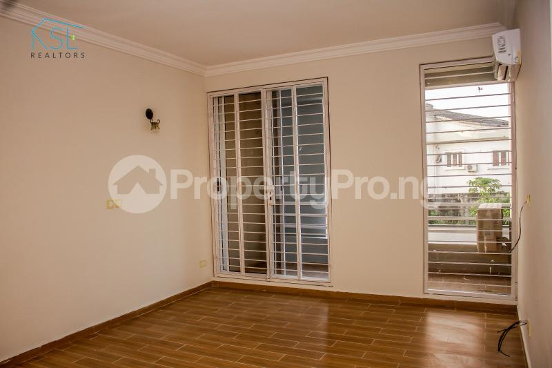 4 bedroom Terraced Duplex House for sale Off Freedom way Lekki Phase 1 Lekki Lagos - 10