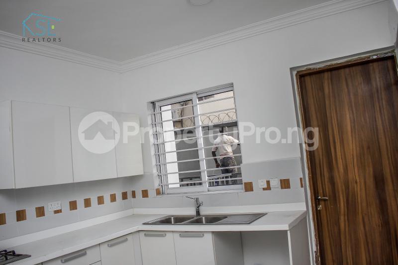 4 bedroom Terraced Duplex House for sale Off Freedom way Lekki Phase 1 Lekki Lagos - 5