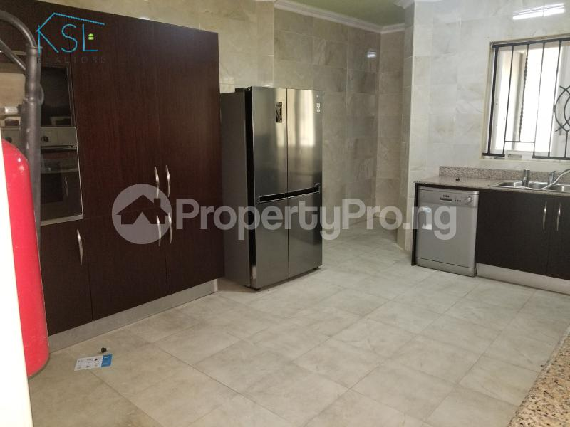 4 bedroom Terraced Duplex House for rent Residential Area Banana Island Ikoyi Lagos - 6