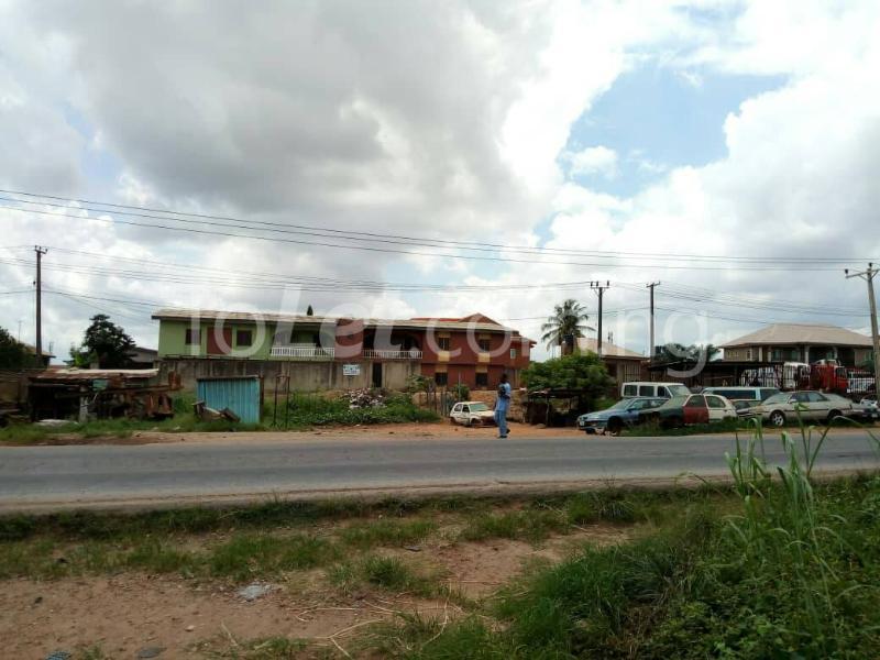 3 bedroom Flat / Apartment for sale Ojo expressway  Iwo Rd Ibadan Oyo - 2