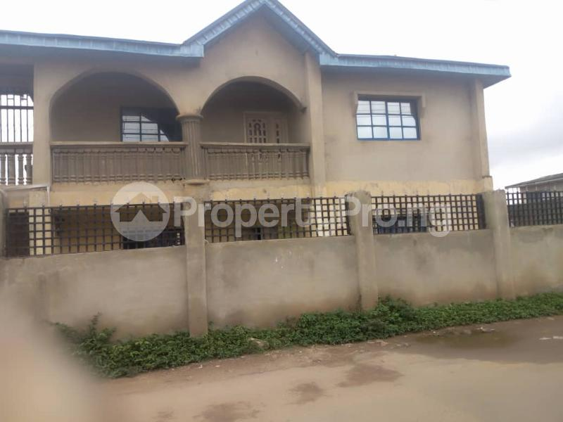 7 bedroom Shared Apartment Flat / Apartment for sale Behind Faith Acedemy, Aromolara, old Ife road Ibadan. Ibadan Oyo - 4