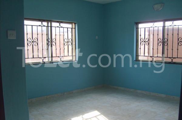 3 bedroom Flat / Apartment for rent Off Adeniran Ogunsanya Adeniran Ogunsanya Surulere Lagos - 1