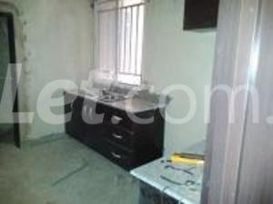 3 bedroom Flat / Apartment for rent Off Adeniran Ogunsanya Adeniran Ogunsanya Surulere Lagos - 2