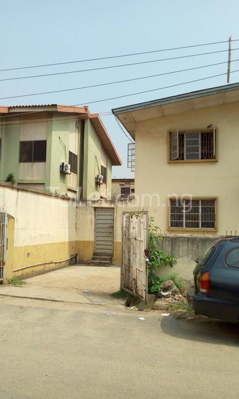 3 bedroom Flat / Apartment for sale Victoria street Ojota Ojota Lagos - 1