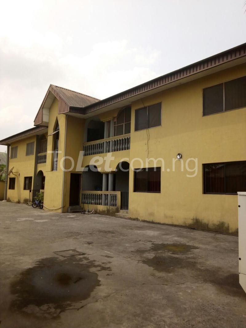 3 bedroom Flat / Apartment for sale Chief Awuse street, Cocain Estate Rumolumeni Port Harcourt Rivers - 0