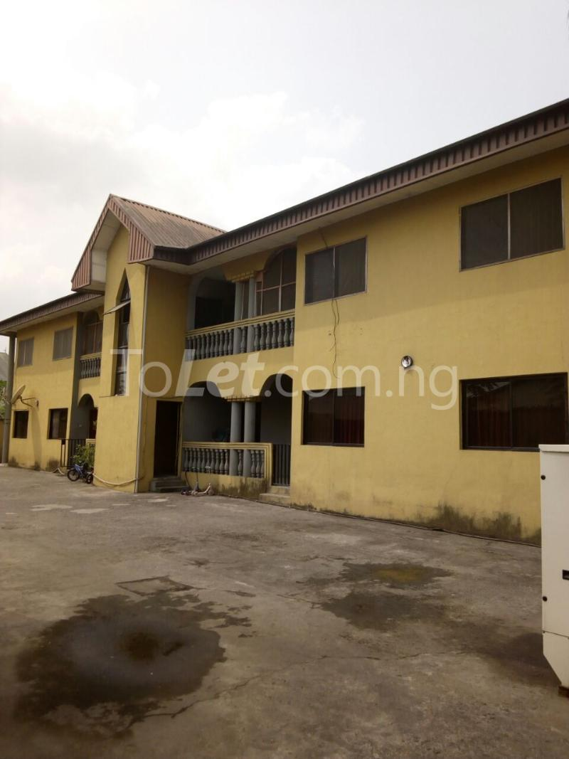 3 bedroom Flat / Apartment for sale Chief Awuse street, Cocain Estate Rumolumeni Port Harcourt Rivers - 1
