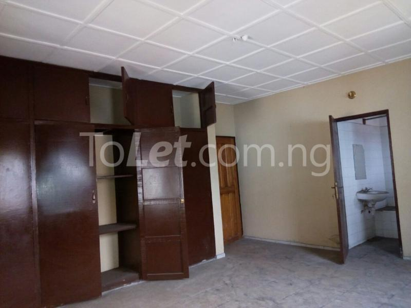 3 bedroom Flat / Apartment for sale Chief Awuse street, Cocain Estate Rumolumeni Port Harcourt Rivers - 6