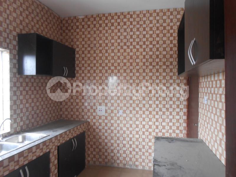 3 bedroom Flat / Apartment for rent . Uyo Akwa Ibom - 3